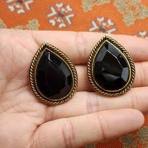 🌈 Vintage acrylic black tear drop gold stud
